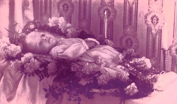 momento mori child