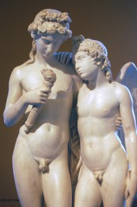 George_Rennie_Cupid_Rekindling_the_Torch_of_Hymen_at_the_V_and_A_2008