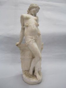 alabasater statue of woman
