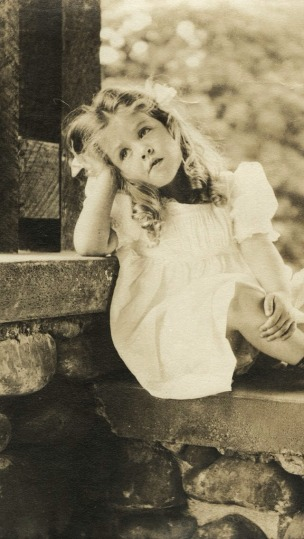 Vintage-Little-Girl